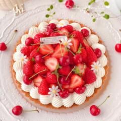 sweets/cake/cherry/STRAWBERRY/手作りお菓子/手作りおやつ/... 🍒いちごとさくらんぼのタルト🍓  いちご…