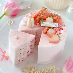 Thanks/happybirthday/bithdaycake/sweets/Cafe/STRAWBERRY/... 🎂Happy Birthday to m…