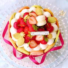 デコレーションケーキ/いちごスイーツ/いちごケーキ/手作りお菓子/手作りケーキ/手作りスイーツ/... 流行りの!? 絶望的に可愛いタルト 風で…(3枚目)