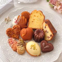 cookies/Cafe/cake/sweets/手作りデザート/手作りおやつ/... 🍎最近作った焼き菓子たち  まだまだなレ…