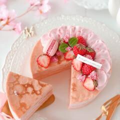 cake/STRAWBERRY/sweets/Cafe/SAKURA/手作りスイーツ/... 🌸苺と桜のミルクレープ  桜餡クリームと…(2枚目)