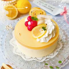 レアチーズケーキ/チーズケーキ/ひんやりデザート/ひんやりスイーツ/ムース/お菓子作り/... レモンカードをたっぷり使った レモンムー…