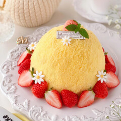 STRAWBERRY/Cafe/cake/sweets/いちごケーキ/手作りデザート/... 🌼ミモザケーキ  今日3月8日はミモザの…(2枚目)