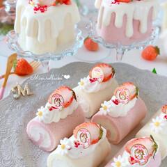 STRAWBERRY/Cafe/cake/sweets/いちごスイーツ/手作りおやつ/... 🍓ミニロールケーキ  おnewのケーキス…