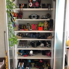 収納/おもちゃ/仮面ライダー/わたしのお気に入り 食器棚を使って子供のおもちゃ収納!!