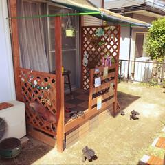 ウッドデッキDIY/セリア/夏インテリア 使わなくなった木のベッドをベースにデッキ…