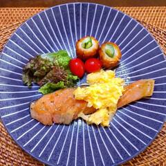 おうちごはん/簡単/暮らし/スタミナ丼/夏に向けて/スタミナご飯/... ♡おうちごはん  休みの日のお昼ごはん。…