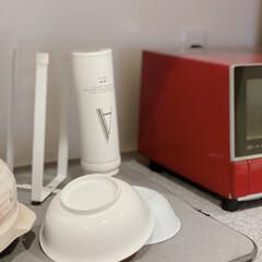 便利アイテム/キッチンと暮らす。/キッチン収納/tower/ステンレスボトル洗い/ステンレスボトル/... ステンレスボトルを洗って 乾かしていると…
