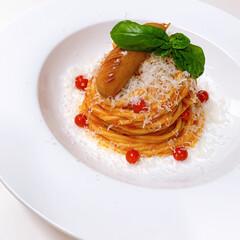 スパゲティ/パスタ/イタリアン/令和の一枚/フォロー大歓迎/LIMIAファンクラブ/... lunch゚・*:.。❁ ガーリックトマ…(1枚目)