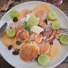 リミとも部/おうちカフェ/簡単おやつ/シリアルパンケーキ/簡単/おしゃれ/... 小さなパンケーキをいっぱい焼いて おうち…