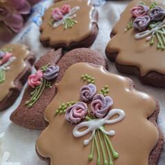 アイシングクッキー 食べる花束をプレゼント💐 リスが花束持っ…