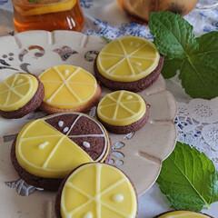 レモン/アイシングクッキー/リミとも部/簡単/おしゃれ 爽やかレモン🍋 本物のレモンは紅茶に ア…