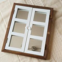 元和室/寝室/サリュ雑貨 この前買ったSalut!の鏡  設置ପ(…