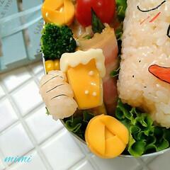 LIMIAグルメ部/LIMIAごはんクラブ/お父さんのお弁当/お昼ご飯/ランチタイム/面白いお弁当/... こちらもまた『母の日弁当』で「野原みさえ…(3枚目)