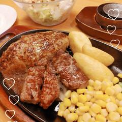ランチ/別腹/デザートは必須/お肉/ステーキハウス ステーキハウスでランチ💓(๑¯︶¯๑)🎶…