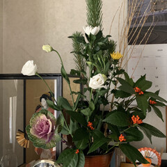 池坊/生け花/お花のある暮らし/お正月2020/暮らし/フォロー大歓迎 今年2020年のお正月のお花です。