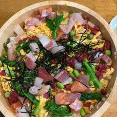 蛤のお吸い物/ひし餅/ひなあられ/ちらし寿司/フォロー大歓迎/ひな祭り/... 灯りをつけましょぼんぼりに〜 今日は楽し…