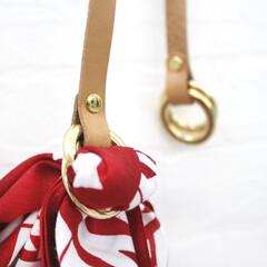 ファッション/バッグ/プチプラコーデ/エコバッグ/エシカル/サスティナブル/... いいもの見つけた♪  ハンカチがバッグに…
