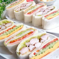 お昼ごはん/おうちごはん/手作りサンドイッチ/サンドイッチ/limiaキッチン同好会/おうちカフェ 今日のお昼はサンドイッチ作りました😊