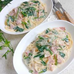 パスタランチ/ランチ/手作りごはん/お昼ごはん/パスタ/ほうれん草クリーム/... 今日のお昼ご飯です😃 ほうれん草のクリー…