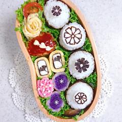 ミニプリン/抹茶プリン/海苔アート/おにぎり弁当/ランチ/お昼ごはん/... おはようございます☀ 今日の娘弁当です(…(2枚目)