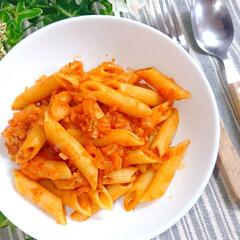 モッツァレラ/トマトソース/トマトペンネ/ペンネ/おうちごはん/ランチ/... 今日のお昼ごはんは 手作りトマトソースで…