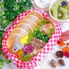 ミニパンケーキ/パンケーキ/パンケーキ弁当/娘弁当/お昼ご飯/手作り弁当/... 今日の娘弁当❣️ ミニサイズで焼いたら …(1枚目)