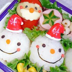 手作り弁当/りんご飾り切り/スノーマン/スノーマン弁当/クリスマス弁当/クリスマス/... スノーマンで本日のお弁当です❤️(4枚目)