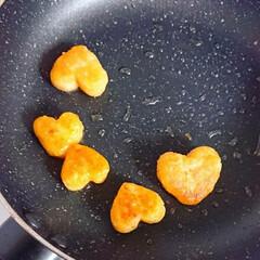 ハッシュドポテト/りんご飾り切り/ランチ/お昼ごはん/手作り弁当/パン弁当/... 今日の娘弁当♥️ ロールサンド弁当です🙋(4枚目)