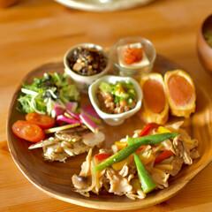 ごはん/二人暮らし/ワンプレートランチ/料理好き/キャンプギア/アウトドアグッズ/... 去年買ったお気に入りの食器をもう一つ。 …(1枚目)