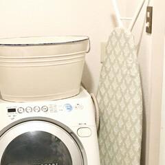 転勤族インテリア/シンプルインテリア/洗面所インテリア/洗濯機周り/ナチュラルインテリア/二人暮らしインテリア/... ランドリーボックスとして ほうろうの大き…