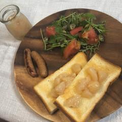 トースト/朝ごはん/桃/手作りジャム/ジャム/おうちごはん 朝ごはんの記録  手作りの桃ジャムをトー…