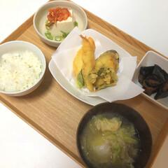 晩御飯/和食/夕飯/お家ごはん/キッチン/暮らし 昨日の夜ごはん  天ぷら ニシンの昆布巻…