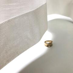 DHOLIC/指輪/アクセサリー/ファッションアイテム ボリュームのある指輪は、薄手になっていく…