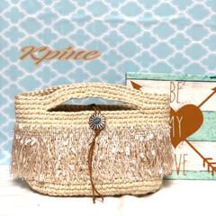 麻紐バッグ/フリンジ/ショルダー/ポシェット/手編み/夏バッグ/... 麻紐バッグ‼️ 横にDカン付いてるのでシ…