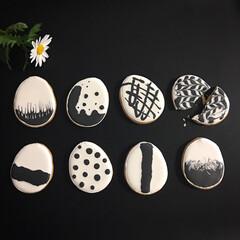 手作りお菓子/おやつ作り/クッキー型/クッキー/モノトーン/モノトーン好き/... 去年イースター用に作ったクッキー❁⃘*.…