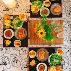 夏ご飯/テーブルコーディネート/テーブルフォト/うつわと盛り付け/器好き/酒のあて/... *晩御飯  白だしで ジュレを作って  …(1枚目)