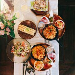 夏野菜/残り野菜/トマトソース/パスタ料理/おうちカフェ/暮らしを楽しむ/... *鯖缶トマトパスタ  鯖缶に玉ねぎ炒めた…