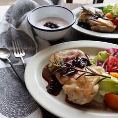 カシスジャム サン・ダルフォー 170g 瓶 砂糖不使用 スプレッド フランス産(ジャム、コンフィチュール)を使ったクチコミ「. . 肉料理が食べたくて、チキンソテー…」
