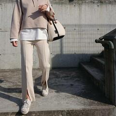 長身コーデ/30代コーデ/30代ファッション/アラフォーコーデ/アラフォーファッション/アラフォー/... この「UNIQLO」のフーディ、少し前か…