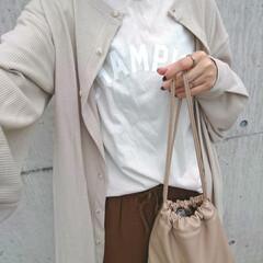 アラフォーコーデ/アラフォーママ/30代ファッション/30代コーデ/ママコーデ/ママファッション/... 少し前のコーディネートです。 Tシャツに…