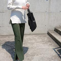 アラフォーコーデ/アラフォーファッション/アラフォーママ/30代ファッション/30代コーデ/高身長コーデ/... ホワイト×カーキの組み合わせ、大好きです…(3枚目)