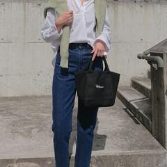 30代ファッション/30代コーデ/長身コーデ/アラフォーコーデ/アラフォーファッション/アラフォー/... ジーンズにシャツの組み合わせ、シンプルだ…
