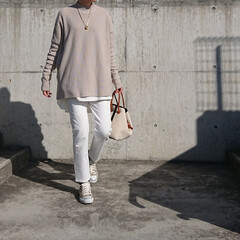 アラフォーママ/アラフォーファッション/アラフォーコーデ/30代ファッション/30代コーデ/シンプルコーデ/... 先月の写真です。 暖かい日だったので、ア…