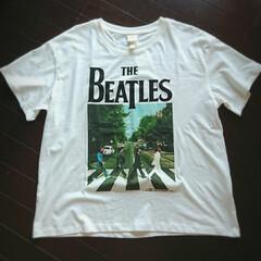 ママコーデ/ママファッション/Beatles/ビートルズ/トレンド/プリントTシャツ/... 今日は少しだけ「H&M」をウロウロして来…