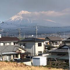 富士山 朝の富士山🗻は☁️の中に隠れてました☹️…