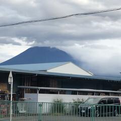 富士山麓/富士山 おはようございます☁️  今朝の富士山🗻…