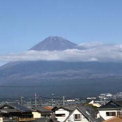 富士山/富士山麓 お昼時の富士山🗻  また、雪❄️が少なく…
