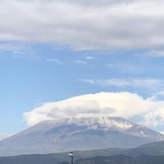 女富士/雪化粧/富士山麓/富士山 今日の富士山🗻  1.2枚目はいつもの場…(4枚目)