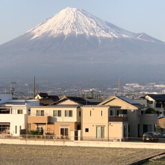富士山麓/富士山 御無沙汰の今日の富士山🗻 1枚目 夕方時…